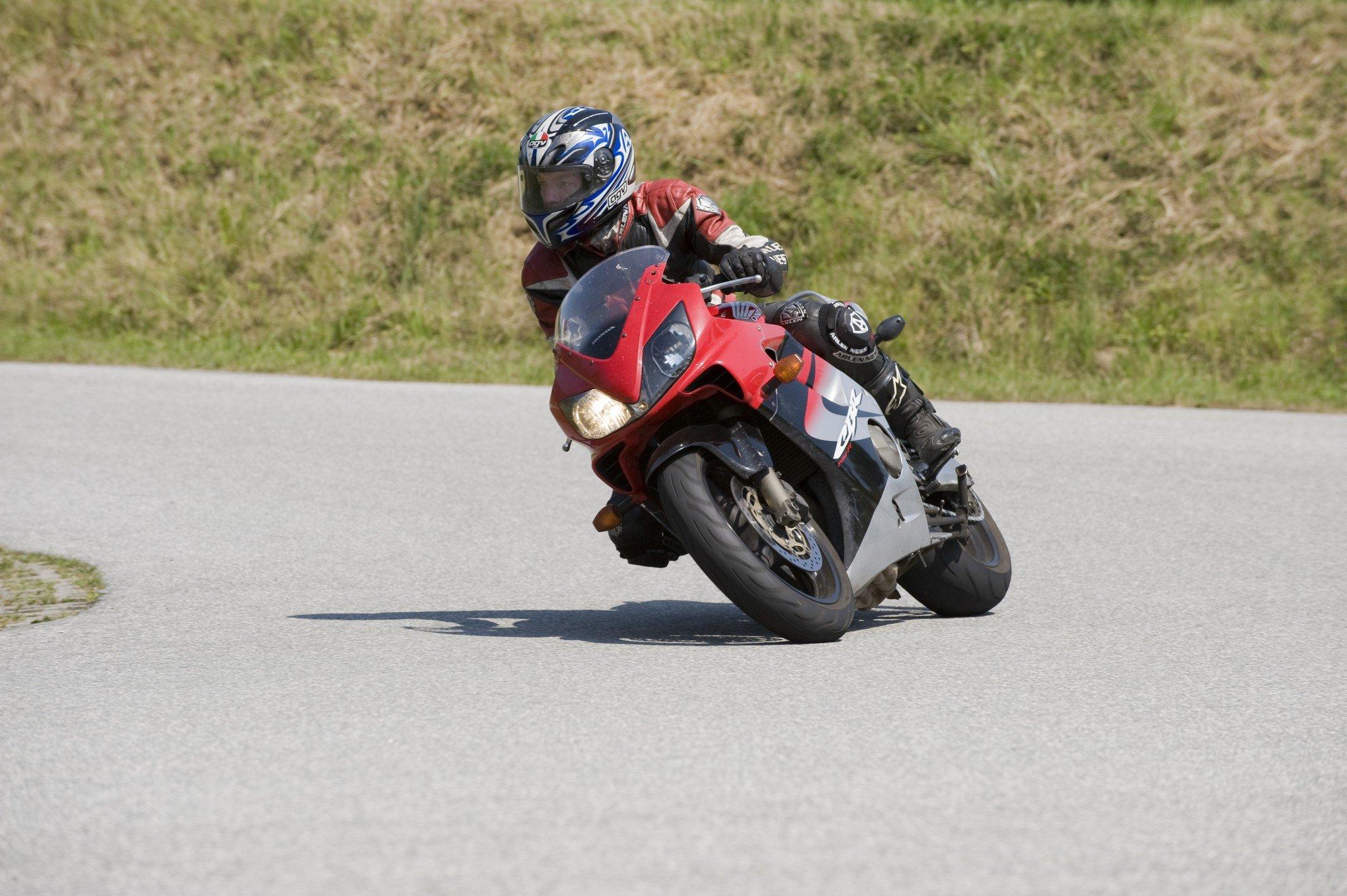 Motorrad-Sicherheitstraining-Kurventraining-008
