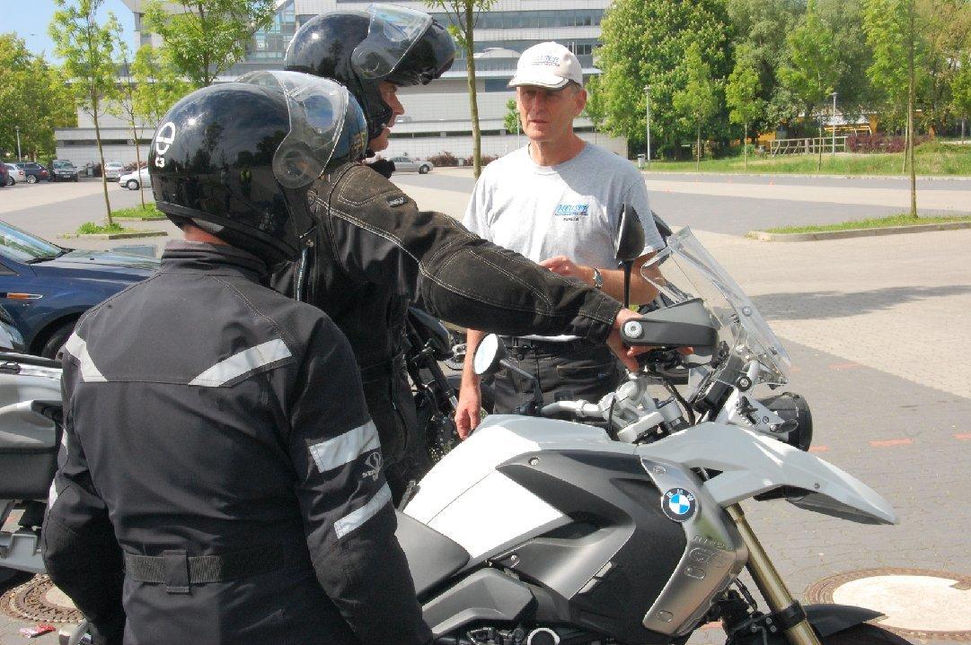 Motorrad-Sicherheitstraining-Stade-Schwerin-2015-006